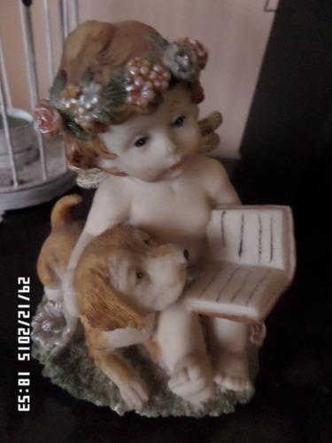 Antigua Figurita En Porcelana.....