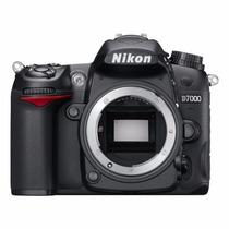 Nikon D7000 Body + 32gb + Control Remoto