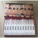 Set De 12 Labiales Kylie Colores Matte.
