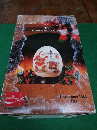 Coca Cola Christmas 1985 Egg / The Classic Santa Claus