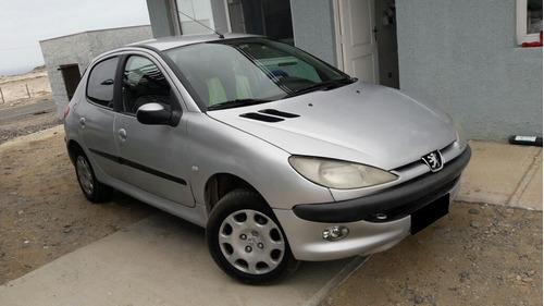 Peugeot 206 2000 Foto 1