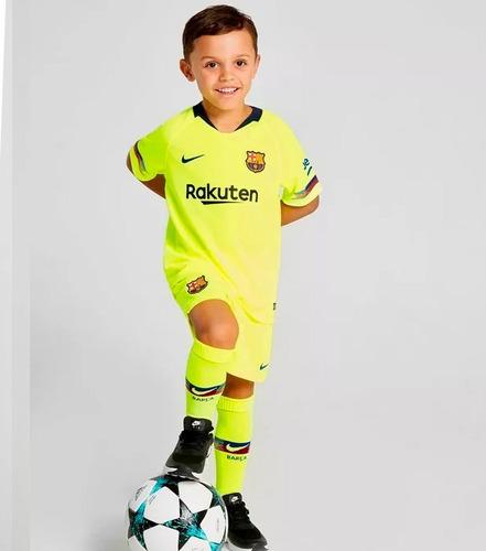 e1839d427ef26 Set Camiseta + Shorts + Calcetas Niño Barcelona Vidal Messi