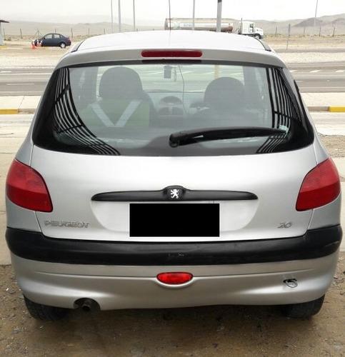 Peugeot 206 2000 Foto 2