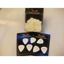 15 Uñetas Originales Fender Thin Color Blanco Nuevas !