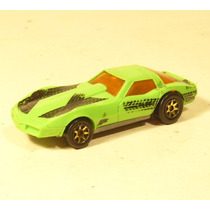 Hot Wheels 1996: Chevrolet Corvette 1982