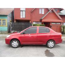 Toyota Yaris, 2004 Excelente Estado.