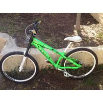 Bicicleta Dh