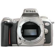 Nikon N75 (análoga)