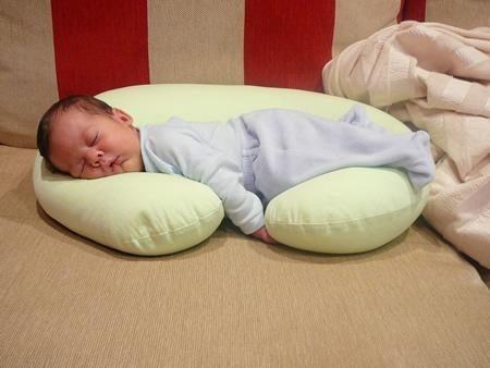 Como hacer cojines para beb imagui - Cojines para habitacion de bebe ...
