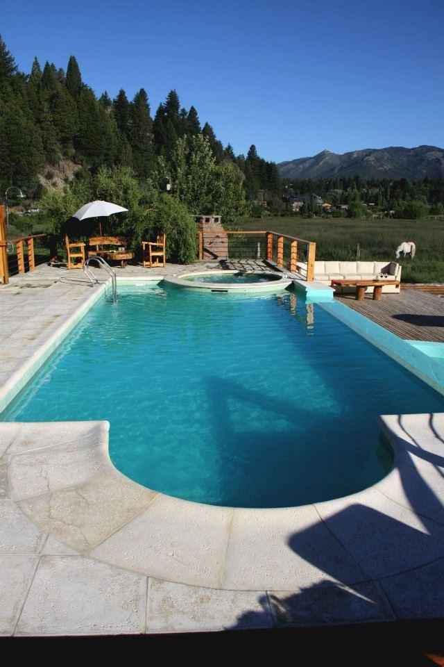 Construcci n y reparaci n de piscinas promociones for Construccion de piscinas precios