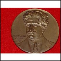 Medalla Cincuentenario I. Oswaldo Cruz Brasil