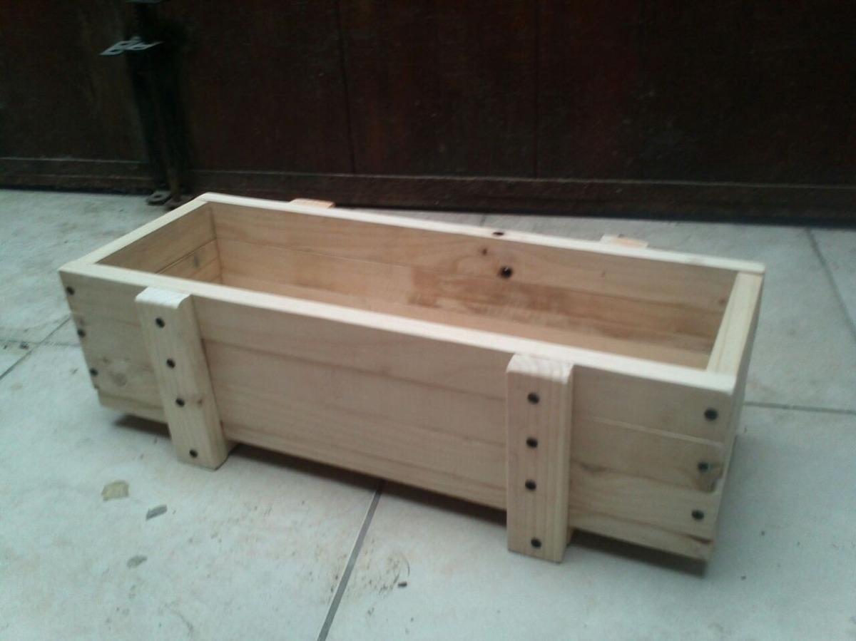 Macetero de madera madera artesanal estrucmader for Tipos de jardineras