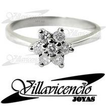 Anillo De Oro Blanco 18k 4 Gr Con Cristales Swarovski