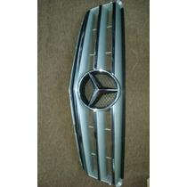Máscara Mercedes Benz Versión Elegance Y Advangarde Clase C