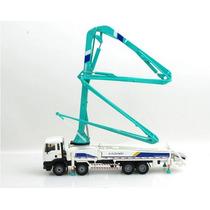Camion Bomba De Concreto, Escala 1:50